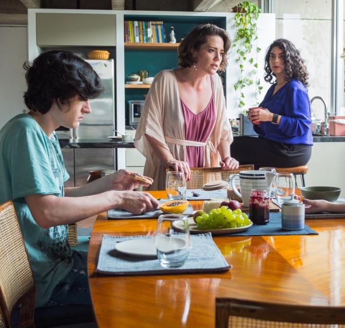 Hard, nossa nova produção cômica estreia em maio na HBO